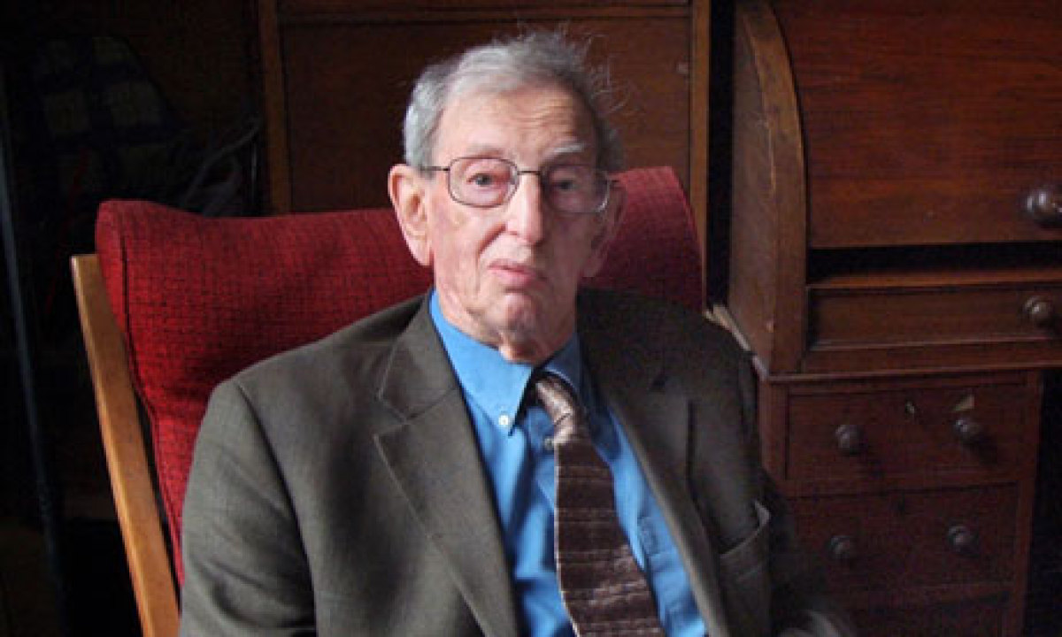 the life of the british marxist historian eric hobsbawm and his piece the age of revolution Eric hobsbawm at his london home: from the age of revolution to 1994's the age influential and respected british intellectual and historian from the marxist.