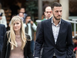 LONDON, ENGLAND - JULY 24: Chris Gard and Connie Yates, the parents of terminally ill baby Charlie Gard, arrive at The Royal Courts of Justice on July 24, 2017 in London, England. The five-month legal battle over terminally-ill Charlie Gard's future treatment is entering its final stages at the High Court in London. (Photo by Carl Court/Getty Images)